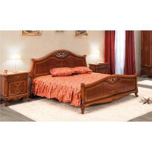 Классическая кровать с резным изголовьем Контесса Румыния