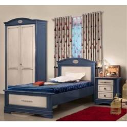 Кровать классическая из массива натурального дерева в спальню Артемида (Artemide)