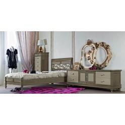 Классическая кровать в подростковую комнату Бурбон