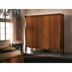 Шкаф четырехдверный классический в спальню Шарм