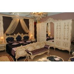 Классическая кровать 2000 в стиле барокко в спальню Л. Л.
