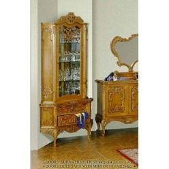 Угловая витрина в гостиную в стиле барокко Л. Л.
