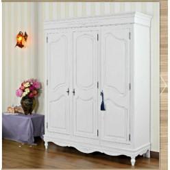 Белый одежный трехстворочный шкаф в спальню Лаванда