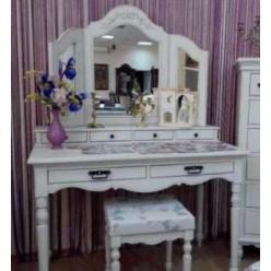 Туалетный стол в стиле Прованс в спальню Лаванда