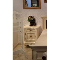Тумбочка прикроватная в спальный гарнитур Регалис