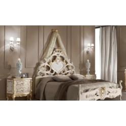 Кровать в стиле Рококо с резным изголовьем в спальню Анастасия