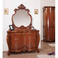 Классический комод с резными элементами декора в спальню Августини