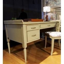 Стол в коллекцию мебели Колониале