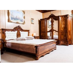 Кровать с резным изголовьем в спальню Мара Белла