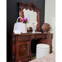 Классический румынский туалетный столик в спальню Мара Белла