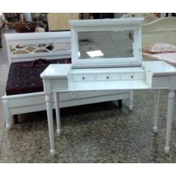 Туалетный стол в классическую мебель Мария Сильва
