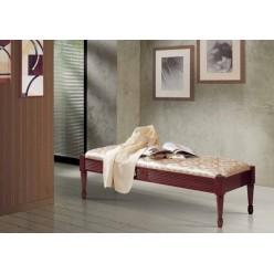 Классическая банкетка в спальню Мариасилва