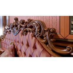 Кровать  с резным изголовьем в спальню Ментон Румыния