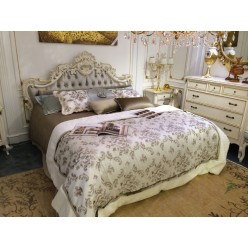 Кровать резная в спальню Ментон