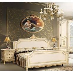 Классическая резная кровать в спальню Регал из Ардудана