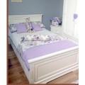 Кровать из натурального дерева в подростковую комнату