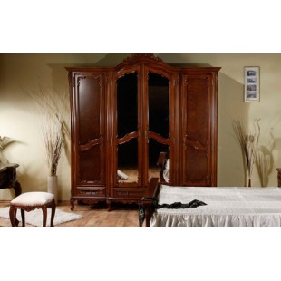 Классический резной шкаф Клеопатра на 4 двери